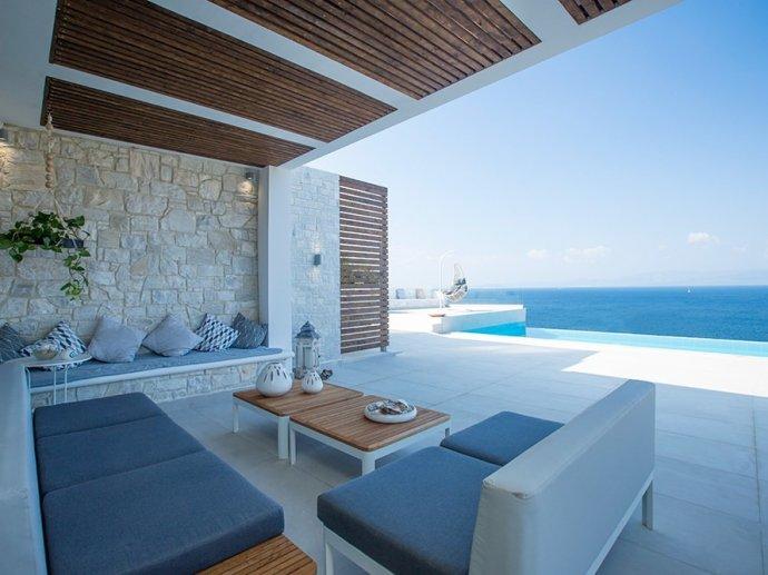 Thea Luxury villa