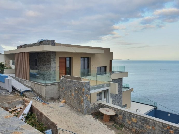 Brand new 2020 Heraklion villa