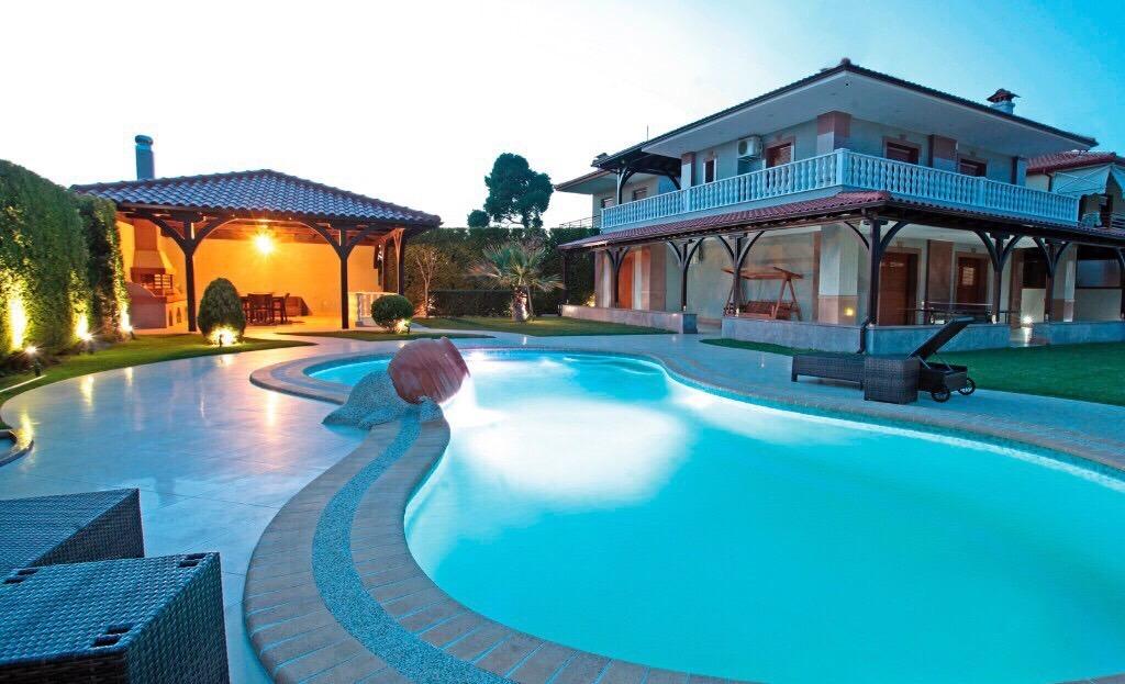 Аренда виллы за границей дешевые квартиры на кипре
