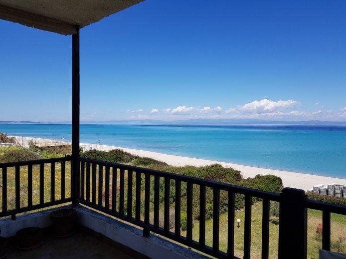 Beachfront Hanioti apartment